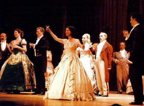 La Traviata Operası